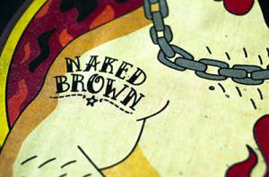 Nadruki na koszulkach – Naked Brown realizacja