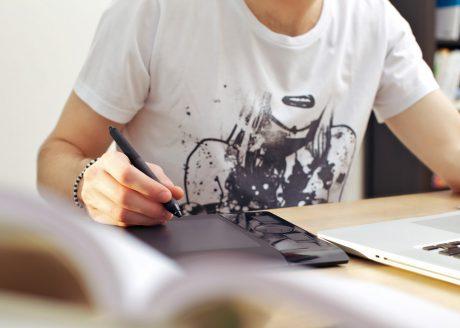 Wo finde ich tolle Designs für T-Shirts und Werbegadgets?